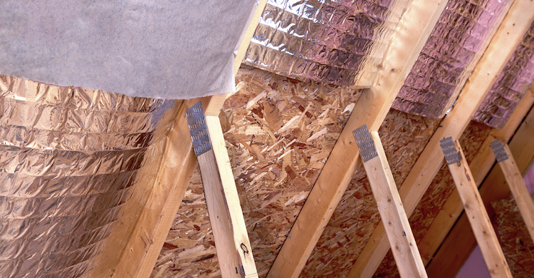 Insulated roof of a house